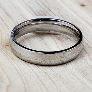 Silver Plain Rounded 4mm Ring